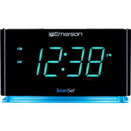 d2aa3c94975 SmartSet Alarm Clock Radio with Bluetooth Speaker